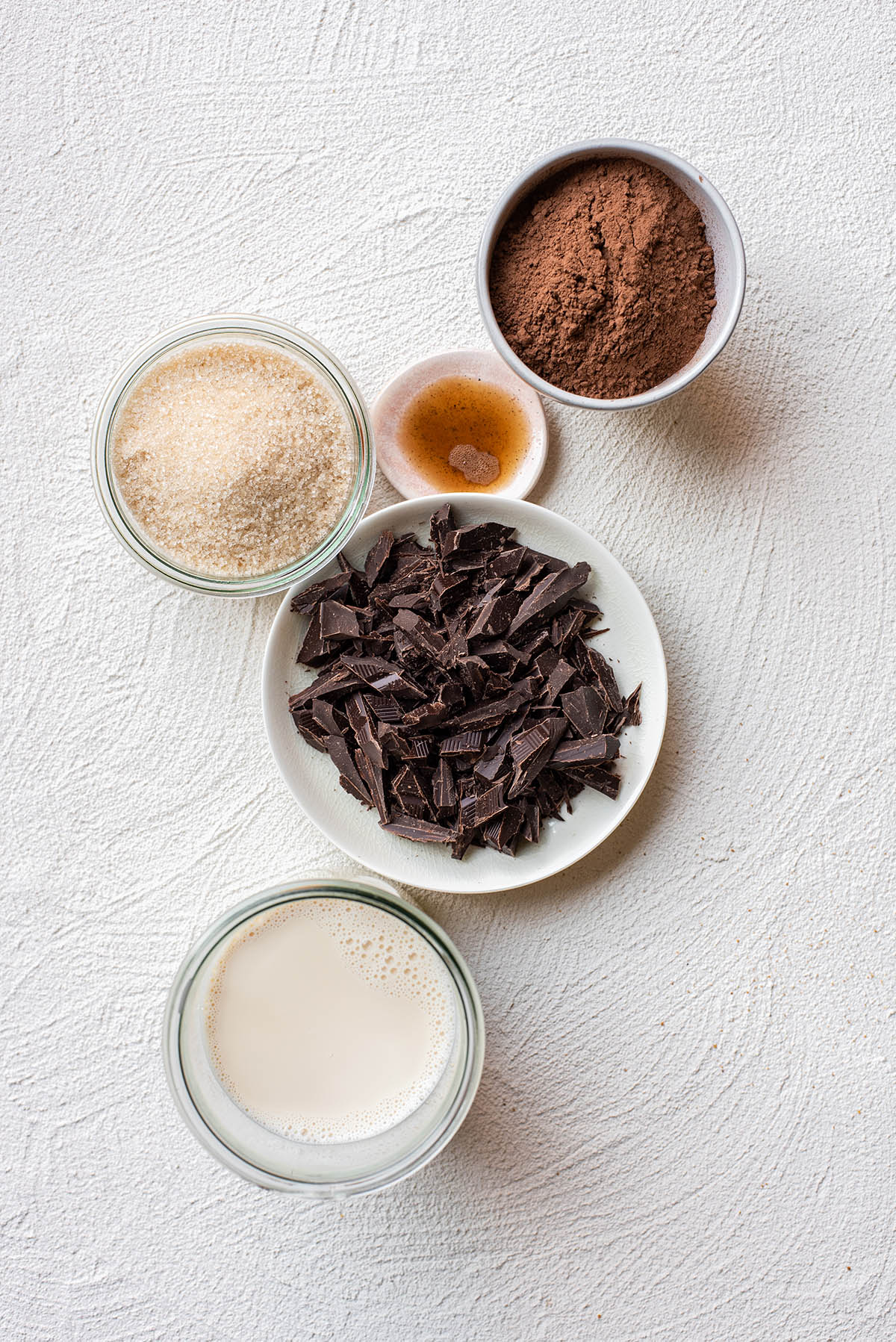 Ingredients to make vegan sherbet with dark chocolate.
