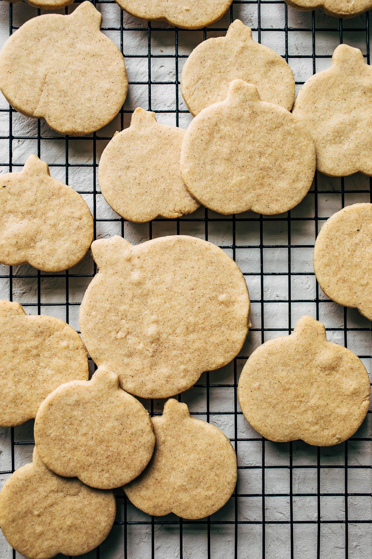 Cinnamon sugar cookies on a cooling rack.