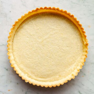 Shortcrust pastry after pre-baking.