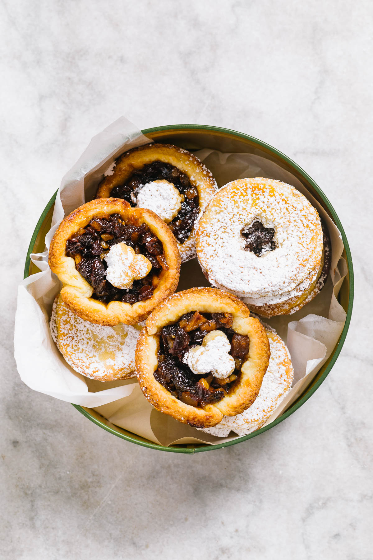 Mincemeat tarts in a tin.